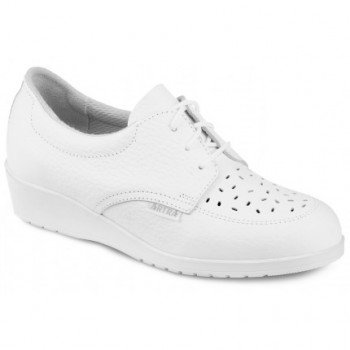 Бели обувки тип половинки-дамски